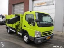 camión volquete para residuos domésticos Mitsubishi