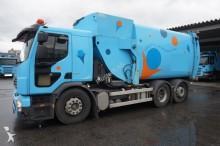 camion raccolta rifiuti Volvo