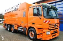 camión limpia fosas Mercedes