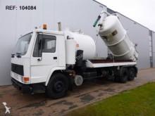 camión aspirador Volvo
