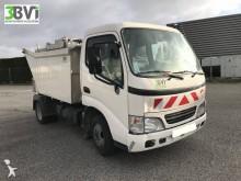 camión volquete para residuos domésticos Toyota