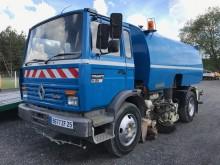 camion balayeuse Eurovoirie