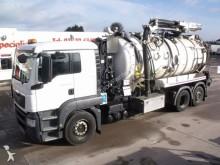 camion hydrocureur MAN