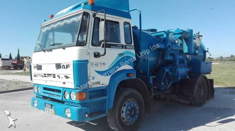 Veículo de limpeza / sanitário de estrada DAF