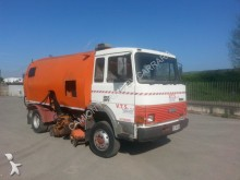 Iveco 135.17 SPAZZATRICE / SWEEPER