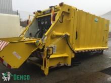 camión volquete para residuos domésticos Semat