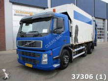 camión volquete para residuos domésticos Volvo