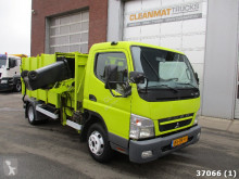 camion de colectare a deşeurilor menajere Mitsubishi