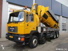 camion-cisternă MAN