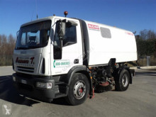 camion balayeuse Bucher Schoerling
