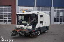 camion-cisternă Ravo