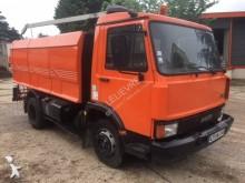 camion laveuse Iveco