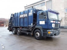 vuilniswagen MAN