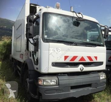 Mezzo di rete stradale Renault