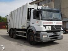 vuilniswagen Mercedes
