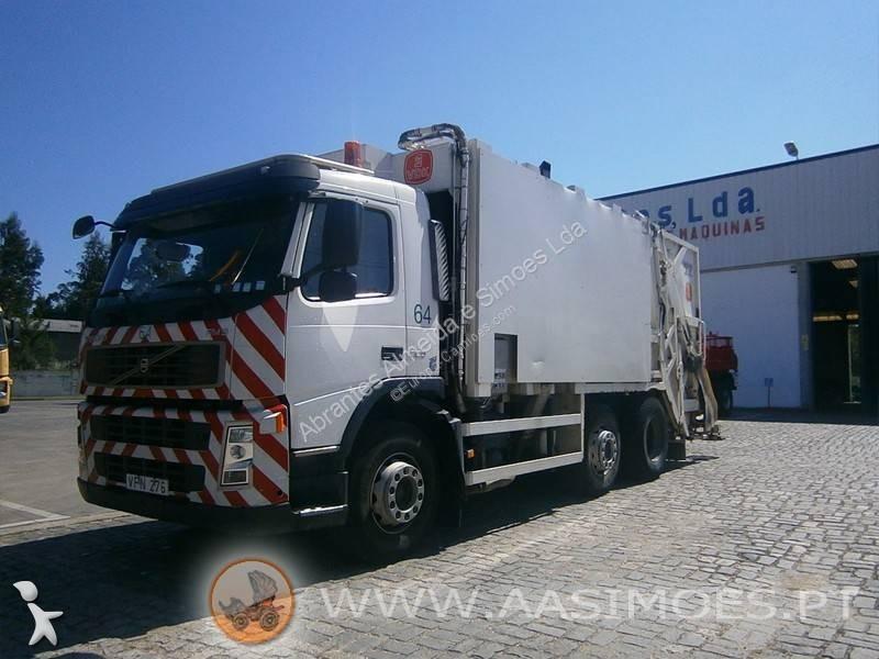 Veículo de limpeza / sanitário de estrada Volvo