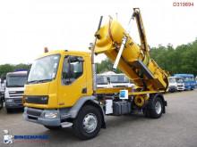 camion cu echipament de spălat străzi DAF