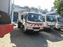 camion benne à ordures ménagères Toyota
