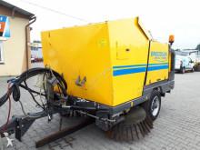 camion cu echipament de măturat străzi Broddson