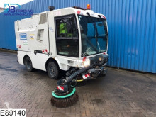 Schmidt S2W1P Sweeper, 99 KW, Airco, Steel suspension