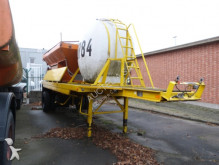 Fruehauf snow plough-salt spreader