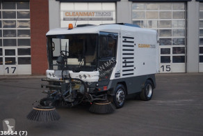 Ravo road sweeper