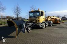 camion-freză de împrăştiat zăpada Scania