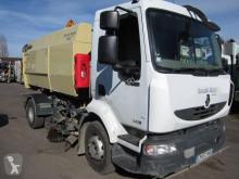 camion cu echipament de măturat străzi Renault
