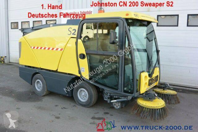 Voir les photos Engin de voirie nc Johnston Sweeper CN 200 Kehren & Sprühen Klima