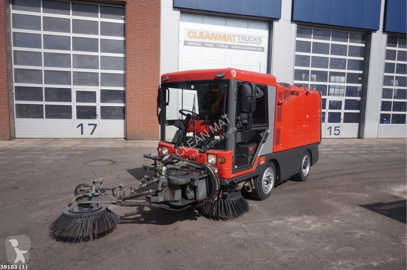 Bekijk foto's Gemeentevoertuig Ravo 340 ST with 3-rd brush