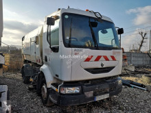 Renault road sweeper