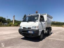 camion benne à ordures ménagères Piaggio