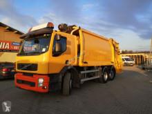 vůz na domovní odpad použitý