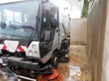süpürücü kamyon Scarab