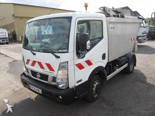 Location camion benne ordures m nag res renault maxity for Location benne a ordure