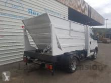 camión volquete para residuos domésticos Iveco C35710 4x2 usado - n°2963973 - Foto 2