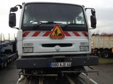 Voir les photos Engin de voirie Renault
