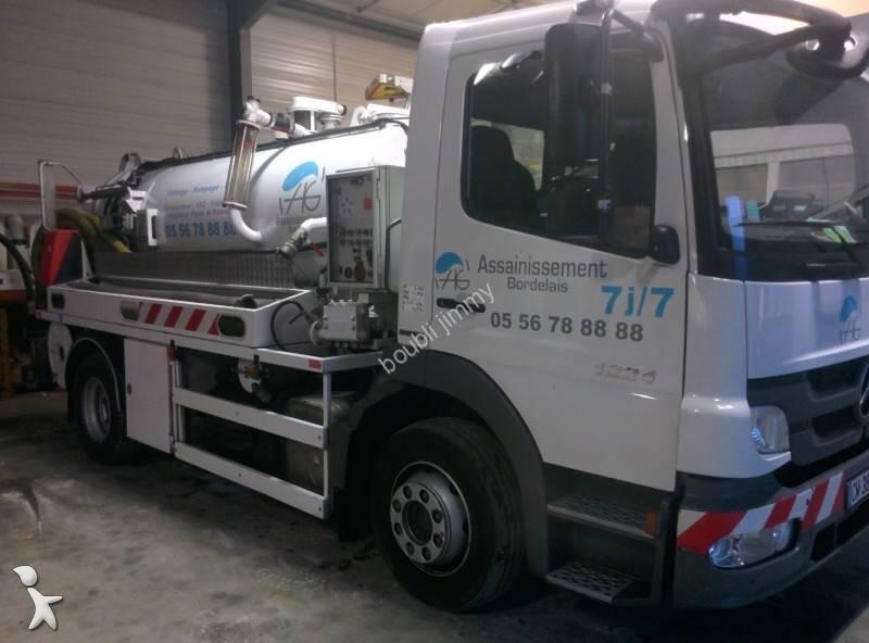 camion hydrocureur mercedes gazoil euro 5 occasion n 2031883. Black Bedroom Furniture Sets. Home Design Ideas