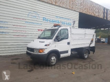 camión volquete para residuos domésticos Iveco C35710 4x2 usado - n°2963973 - Foto 3