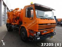 Bekijk foto's Gemeentevoertuig Scania