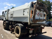 camion balayeuse DAF LF55 220 4x2 Gazoil Euro 3 occasion - n°3023648 - Photo 6