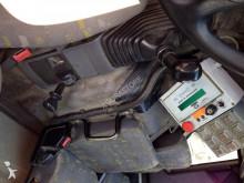 Voir les photos Engin de voirie Renault 260.19