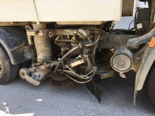 camion balayeuse DAF LF55 220 4x2 Gazoil Euro 3 occasion - n°3023648 - Photo 7