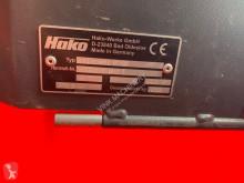 Voir les photos Engin de voirie Hako Hakomatic B1100 schrobmachine