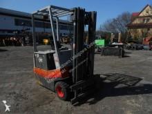 chariot autoguidé OM Wózek widłowy elektryczny OM E3/15N, przesów boczny, triplex.
