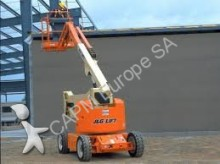 JLG M400AJP