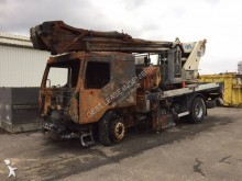 Renault telescopic articulated truck mounted