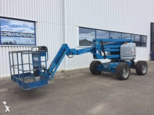 Genie telescopic articulated self-propelled