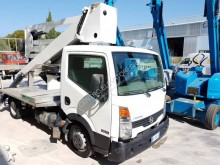 Nissan telescopic articulated truck mounted