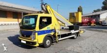 подъемник на базе грузовика телескопический Renault